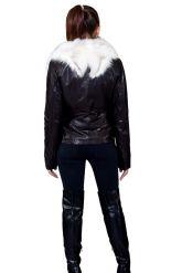 Комбинированная курточка с белым воротником. Фото 2.