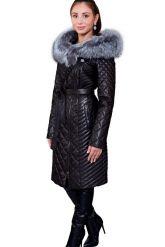 Стеганое кожаное пальто с мехом чернобурки. Фото 1.