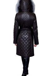 Стеганое кожаное пальто с мехом чернобурки. Фото 2.