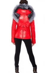 Зимняя меховая куртка трансформер красного цвета. Фото 9.