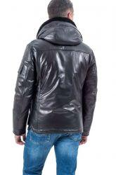 Стильный кожаный пуховик черного цвета. Фото 2.