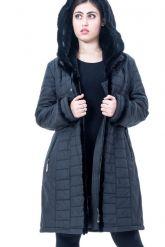 Классическое теплое пальто с отстегивающимся капюшоном из вязанной норки. Фото 3.