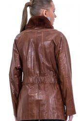 Терракотовая женская кожаная куртка. Фото 2.