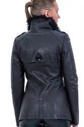 Стильная кожаная куртка. Фото 2.