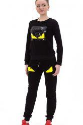 Стильный спортивный костюм черного цвета. Фото 1.