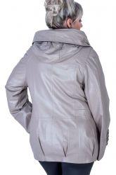 Кожаная куртка с капюшоном бежевого цвета. Фото 2.