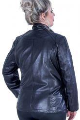 Черная кожаная куртка больших размеров. Фото 3.