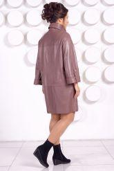 Модный кожаный плащ свободного кроя. Фото 4.
