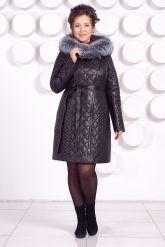 Стеганое кожаное пальто с мехом чернобурки. Фото 4.