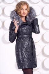 Синее кожаное пальто с капюшоном и мехом чернобурки. Фото 3.