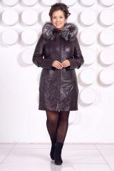 Кожаное пальто с подстежкой шоколадного цвета. Фото 1.