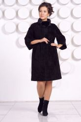 Красивое замшевое пальто. Фото 1.