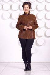 Замшевая кожаная куртка больших размеров GILLA. Фото 1.