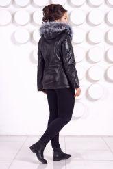 Утепленная кожаная куртка со съемным мехом на капюшоне. Фото 5.