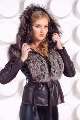 Молодежная куртка-жилетка шоколадного цвета. Фото 9.