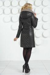 Кожаное стеганое пальто черного цвета. Фото 4.