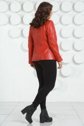 Кожаная куртка с рюшами красного цвета. Фото 9.
