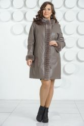 Кожаное пальто больших размеров. Фото 1.