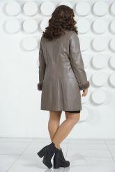 Кожаное пальто больших размеров. Фото 3.
