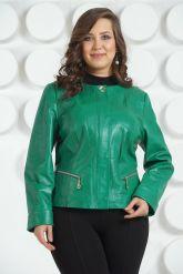 Весенняя кожаная куртка зеленого цвета. Фото 2.