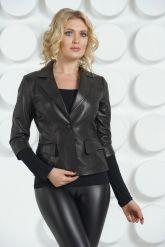 Черная кожаная куртка. Фото 5.