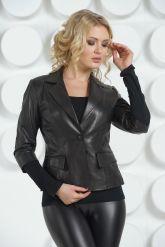 Черная кожаная куртка. Фото 7.