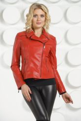 Кожаная куртка косуха красного цвета. Фото 2.