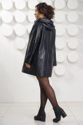 Удлиненная кожаная куртка с капюшоном больших размеров. Фото 4.