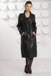Стильный кожаный плащ черного цвета. Фото 1.