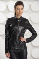 Кожаная куртка черного цвета. Фото 3.