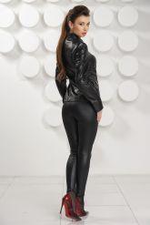 Кожаная куртка черного цвета. Фото 4.