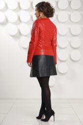 Кожаная куртка красного цвета женская. Фото 4.