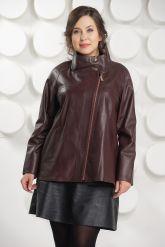 Короткая трапециевидная кожаная куртка. Фото 4.
