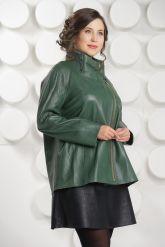 Трапециевидная кожаная куртка зеленого цвета. Фото 3.