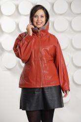 Кожаная куртка с капюшоном большого размера кораллового цвета. Фото 4.