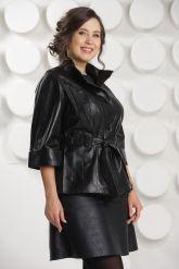 Черная кожаная куртка с поясом. Фото 1.