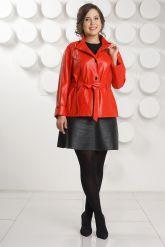 Красная кожаная куртка больших размеров. Фото 1.