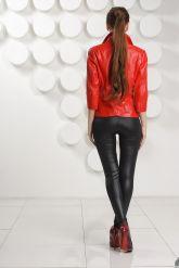 Кожаный пиджак красного цвета. Фото 4.