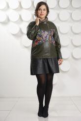 Кожаная куртка с принтом оливкового цвета. Фото 1.