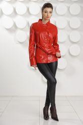 Кожаная куртка с рюшами красного цвета. Фото 1.