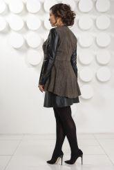 Замшевая куртка с баской. Фото 4.