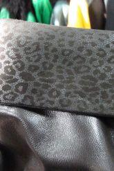 Длинный трапециевидный кожаный плащ больших размеров. Фото 8.