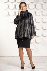 Трапециевидная кожаная куртка. Фото 1.