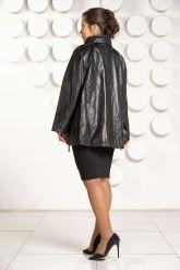 Трапециевидная кожаная куртка. Фото 4.