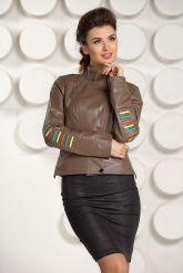 Кожаная куртка карамельного цвета. Фото 3.