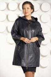 Женский кожаный плащ с капюшоном. Фото 3.