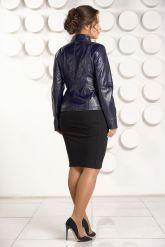 Короткая кожаная куртка для женщин черного цвета. Фото 1.