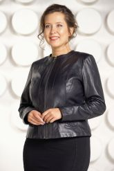 Короткая кожаная куртка для женщин. Фото 2.