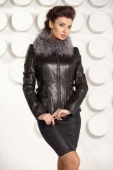 Черная кожаная куртка с мехом. Фото 3.