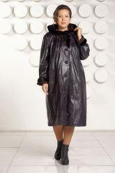 Длинное кожаное пальто с капюшоном. Фото 1.